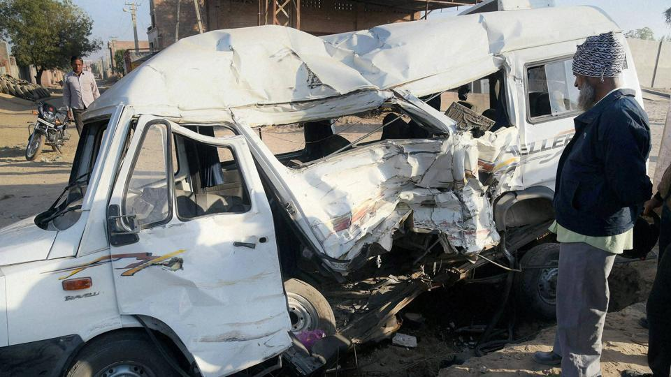 Udaipur,Bus accident in Rajasthan,Bus carrying pilgrims