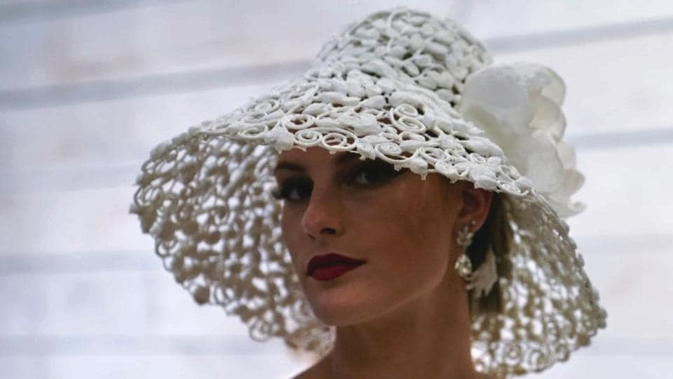 fashion,toilet paper,bridal