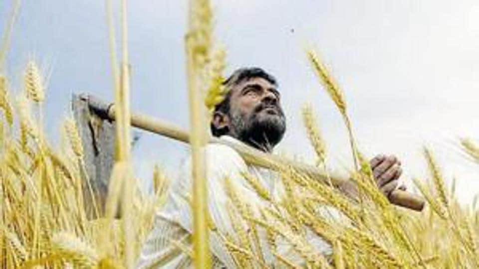 The project, which is estimated to cost Rs2.5 lakh crore, needs 6,018 hectares of land from around 3,000 farmers in 16 villages in two districts.