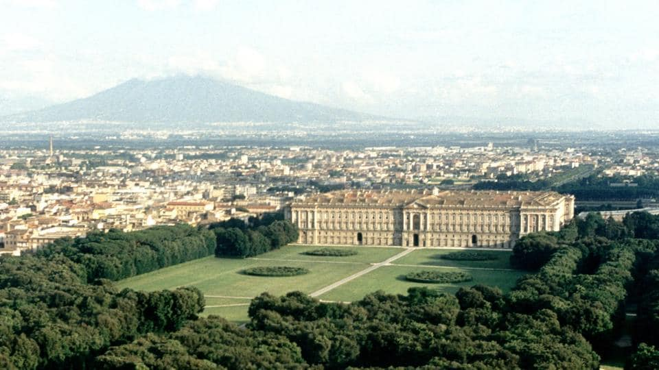 The Royal Palace of Caserta,Versailles Palace,Royal gardens Europe