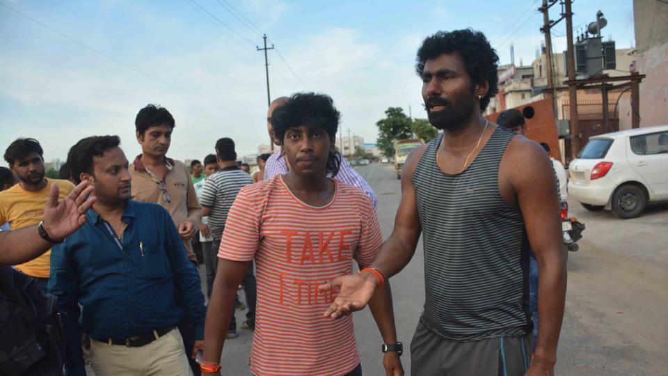 Awana,cricketer,Noida