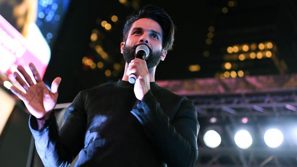 Shahid Kapoor speaks to fans during IIFA Stomp at Times Square on July 13, 2017.