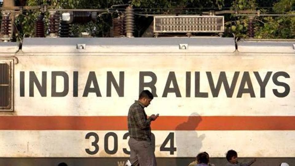 Comptroller and Auditor General,CAG report,Indian Railways