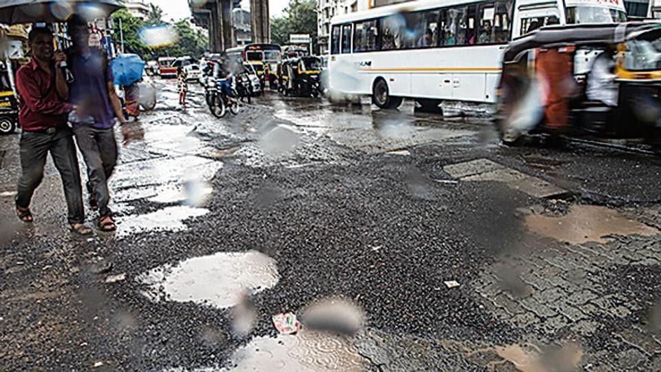 Mumbai,potholes,roads