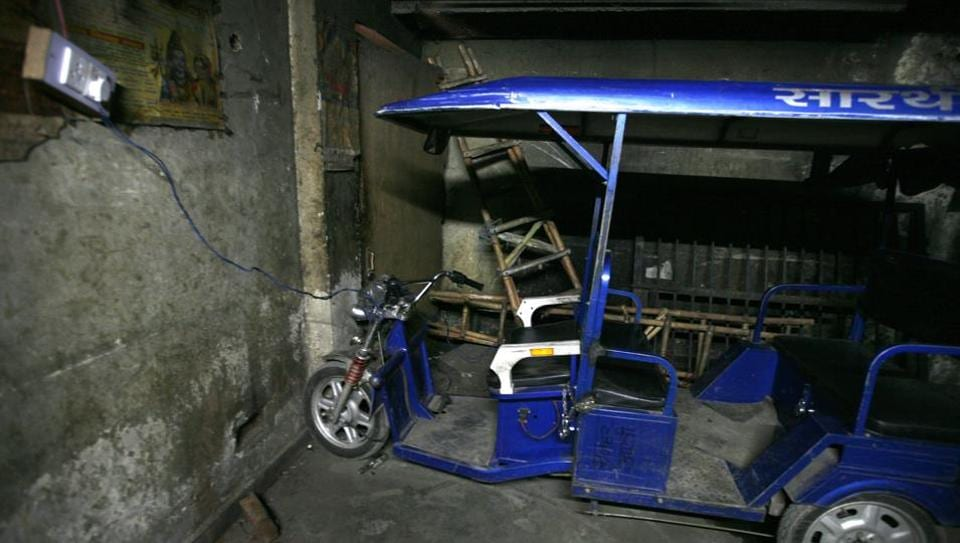 e-rickshaw charging points,e-rickshaw in Delhi,North Delhi Municipal Corporation