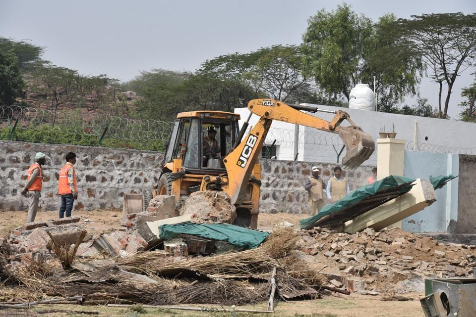 MCG teams had earlier demolished some structures on disputed land in Gwal Pahari.