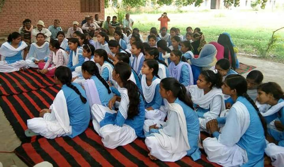 Girl students protesting against a lack of infrastructure at village Gothra, Rewari.