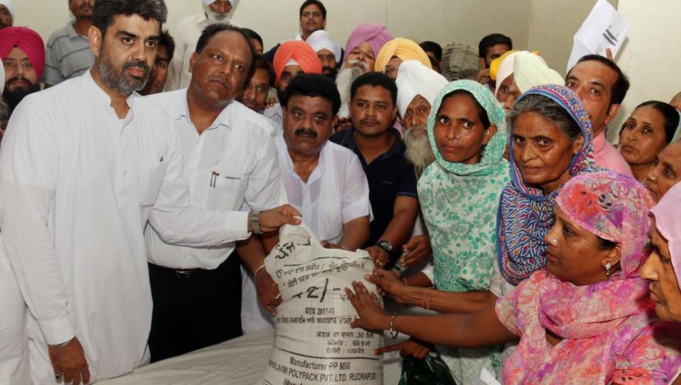 Atta Dal scheme,Manpreet Badal,Jaijeet Singh Johal