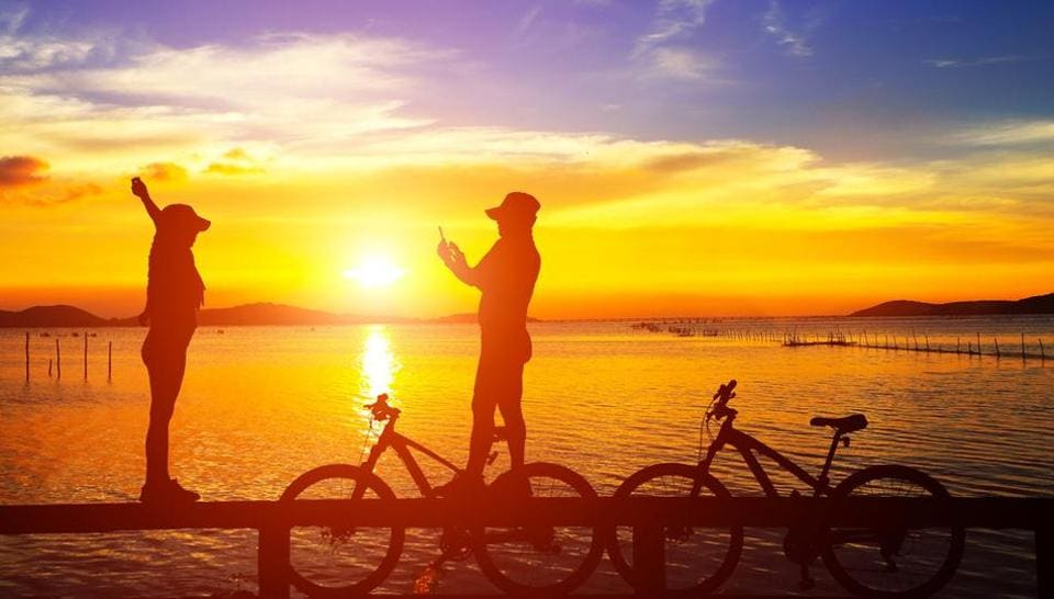 Go cycling across the city with your date to get to know them better.