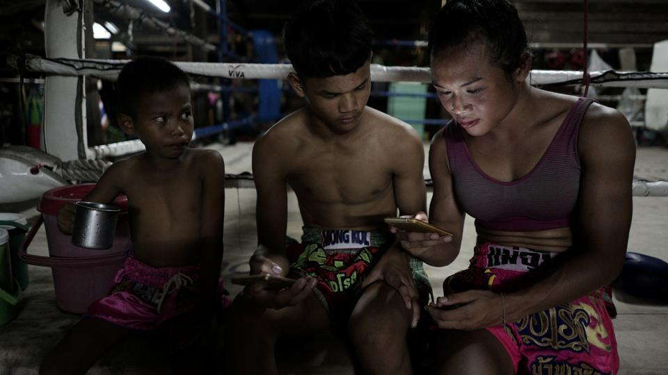 'Being a transgender doesn't mean that we're weak,' Rose said after the fight. 'We can achieve anything as well.' (Athit Perawongmetha  / REUTERS)