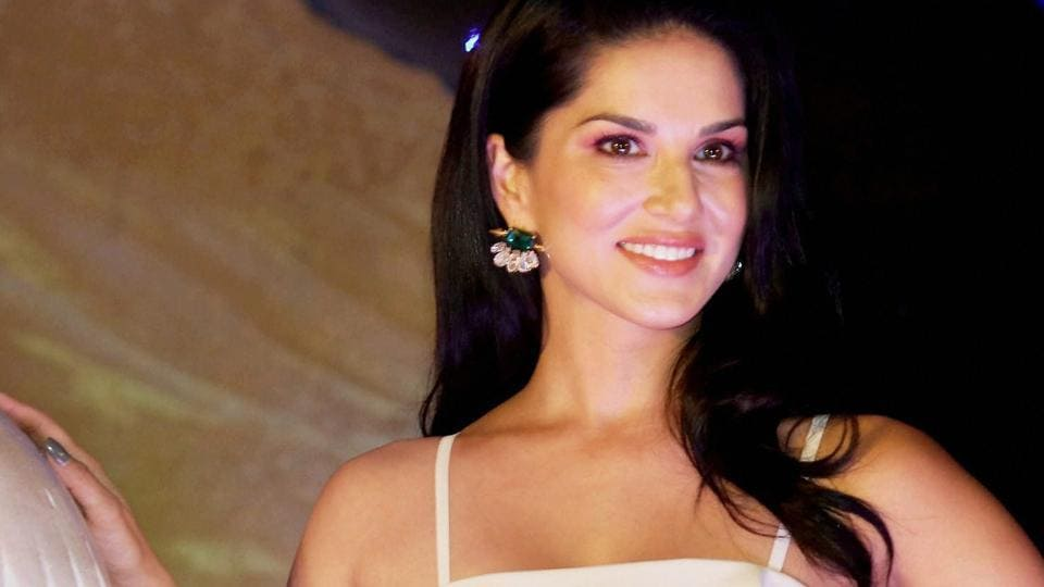 Sunny Leone will also be seen on a TV show with Sunil Grover soon.