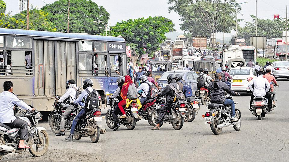 mumbai traffic problems Abstract : traffic congestion is a major urban transport problem due to traffic   talegaon dabhade easily accessible from mumbai from pune, it is just 40.