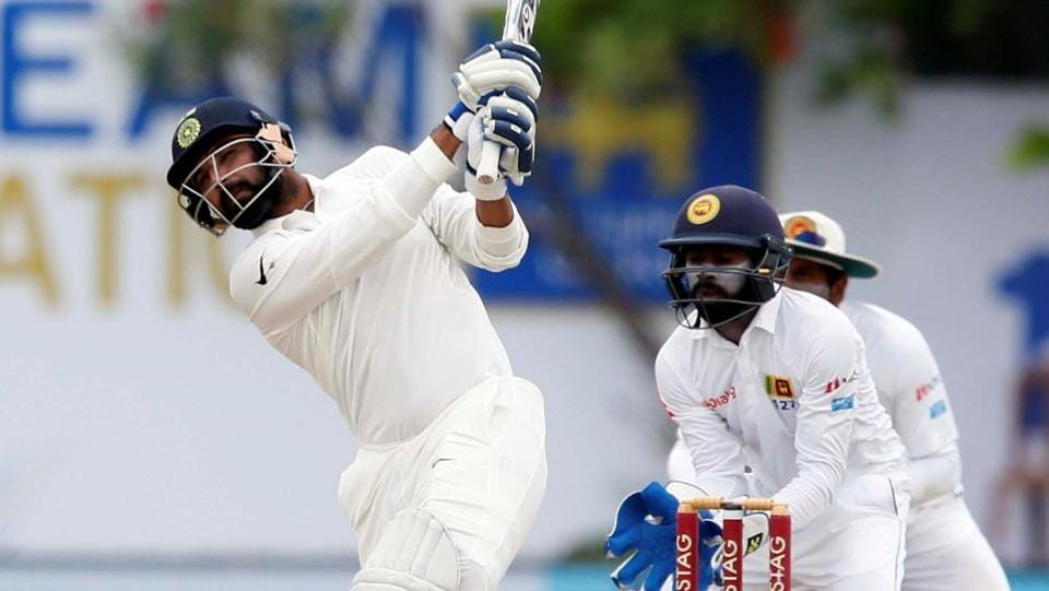 Mohammed Shami hit a few lusty blows towards the end of India's innings to take the total close to 600. (REUTERS)