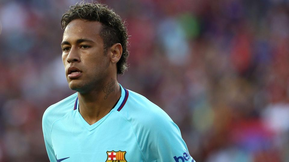 Neymar scored the winner over Manchester United for F.C. Barcelona even as he continues to be surrounded by transfer rumours.
