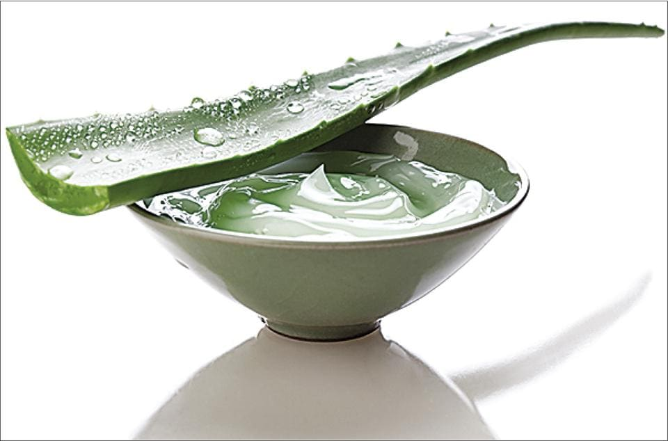 Treat your skin with fresh and cooling aloe vera gel to get rid of rashes