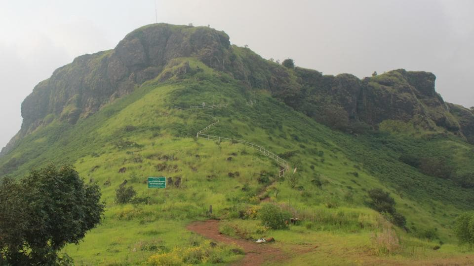 Chhatrapati Shivaji chose the temple atop the hill to plan out his rebellion against the Mughals.