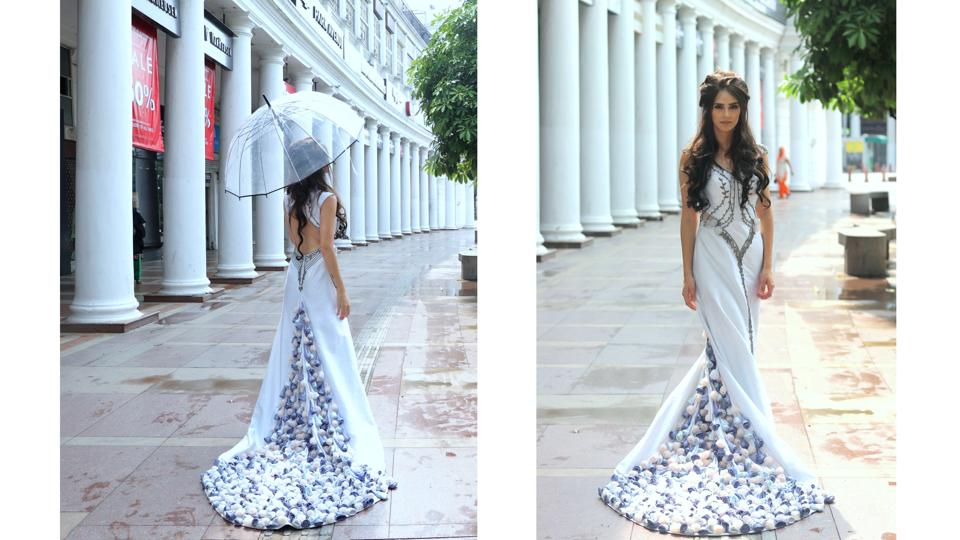 A dreamy Margaery Tyrell took a stroll in Connaught Place in a fairytale perfect gown by Deepa Sondhi.  (Photo: shara ashraf/ht; styling: shara ashraf & akshay kaushal)
