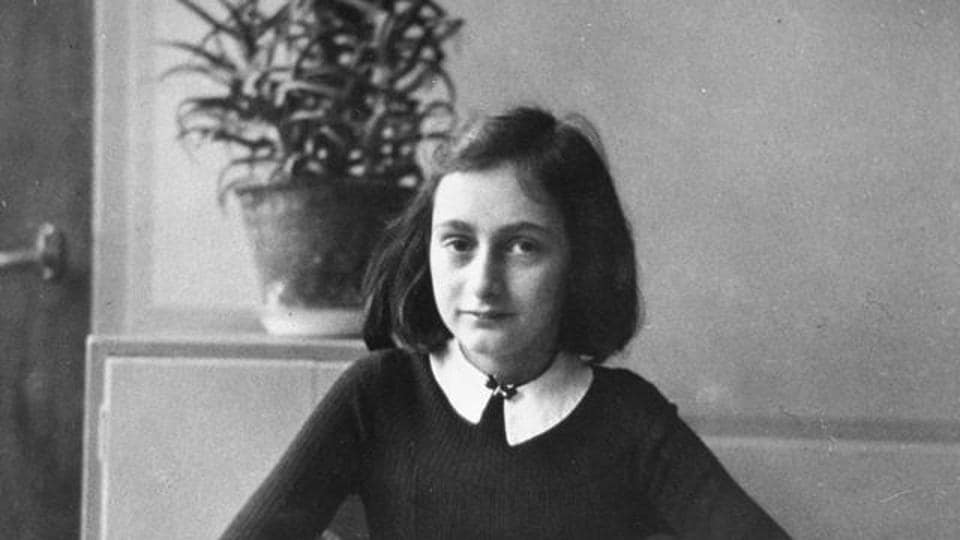 a look into the diary of anne frank - the diary of anne frank: of the bride) were contracted to adapt the diary into a stage play the diary of anne frank premiered on broadway at the cort theatre on october 5 yet, when i look up at the sky, i somehow feel that.