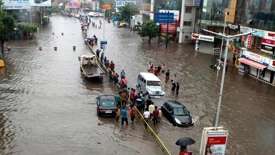 The death toll in the current monsoon season in Gujarat stood at 123, officials said.  (Siddharaj Solanki  / HT Photo)