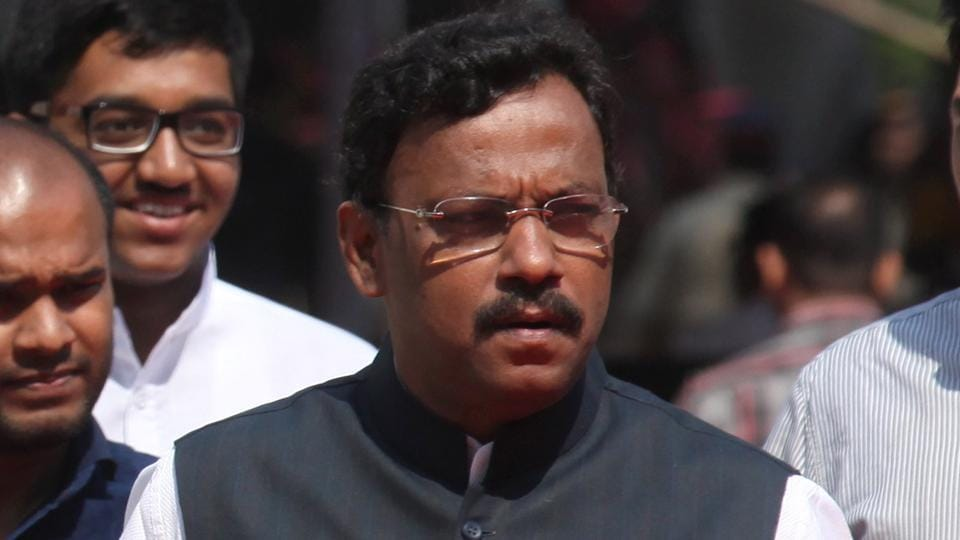 Education minister Vinod Tawde said the department would convene a meeting of all stakeholders and legislators to discuss the issue.