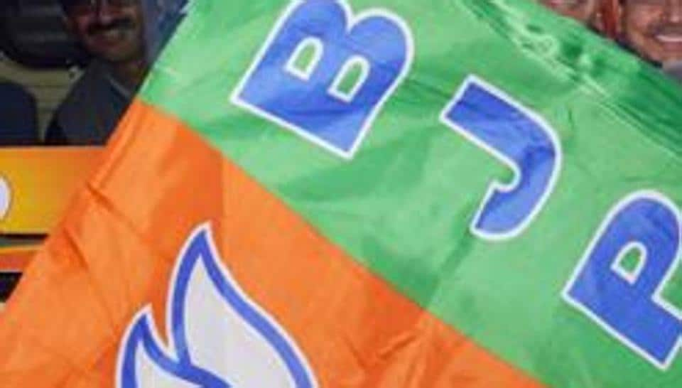 Local BJP workers have alleged that activists of CPI (M) were behind the attack.