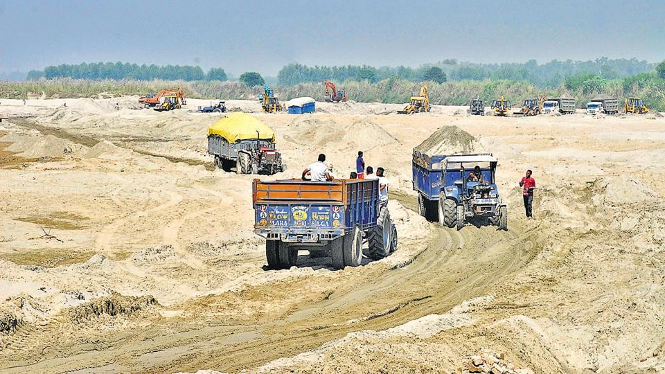 Since the single bids for sand mine auctions did not meet any of these criteria, all the 16 mines have been cancelled by the government.