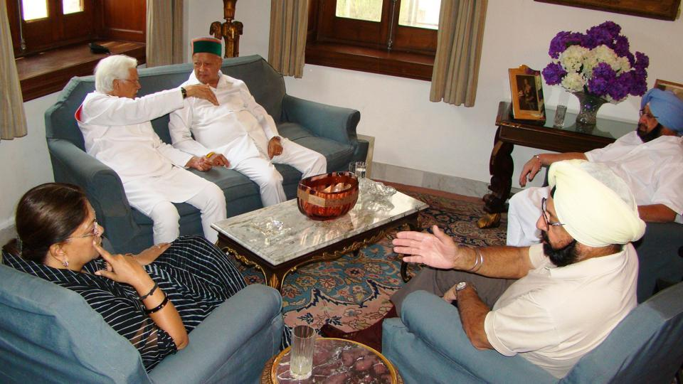 Rajasthan chief minister Vasundhra Raje and Himachal Pradesh chief minister Virbhadra Singh at Punjab chief minister CaptainAmarinder Singh's residence in Patiala on Friday.