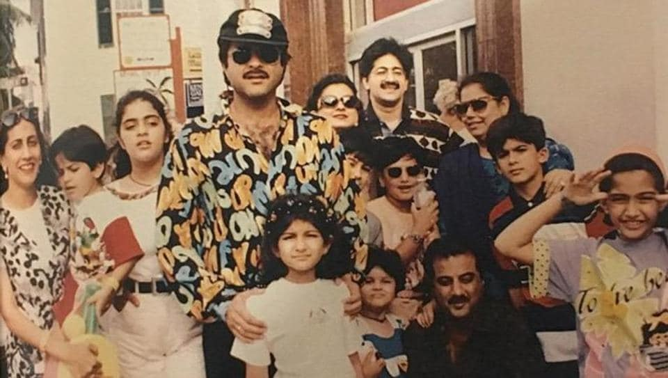 Sonam Kapoor with her entire gang. Can you spot her?