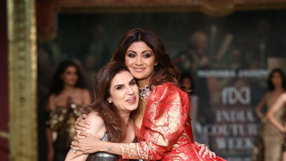 Designer Monisha Jaising with showstopper Shilpa Shetty at India Couture Week 2017.