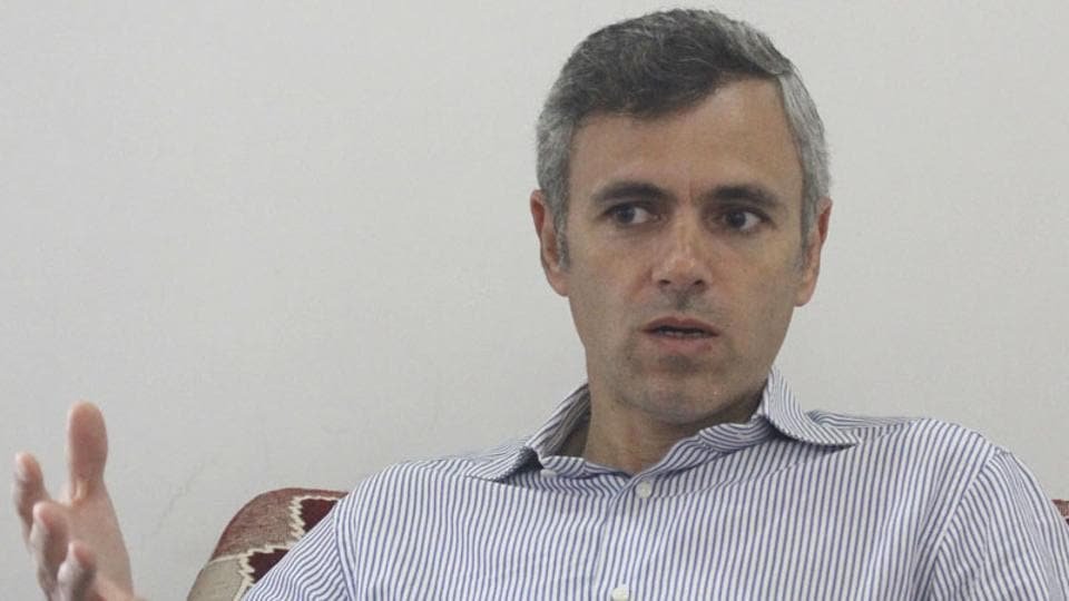 Former Jammu and Kashmir CM Omar Abdullah said it was popular to blame Pakistan for everything happening in the state.  (HT File Photo)