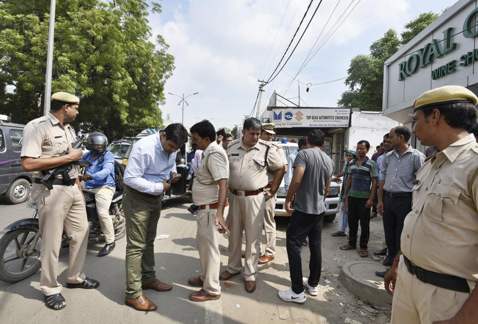 The police, after questioning several persons in connection with the murder suspects, said that Rana was shot by Satpal Pahalwan, who has several cases registered against him in Gurgaon and Jhajjar.