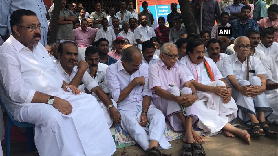 Kerala Congress president MM Hassan and leader of Opposition Ramesh Chennithala stage a hunger strike in Kozhikode demanding peace in the state.