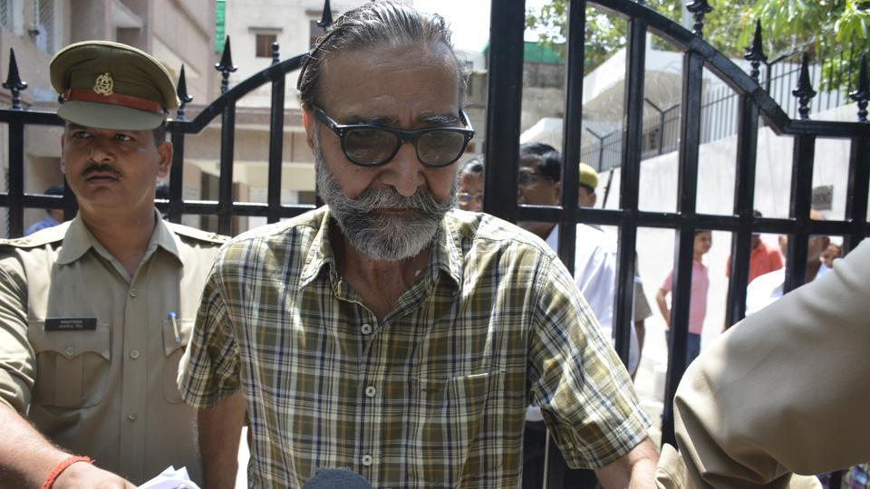 Surinder Koli and Moninder Singh Pandher were pronounced guilty by the CBI court in the murder and attempted rape of 20-year-old Pinki Sarkar and sentenced  to death on Monday July 24.  (Sakib Ali /Hindustan Times)