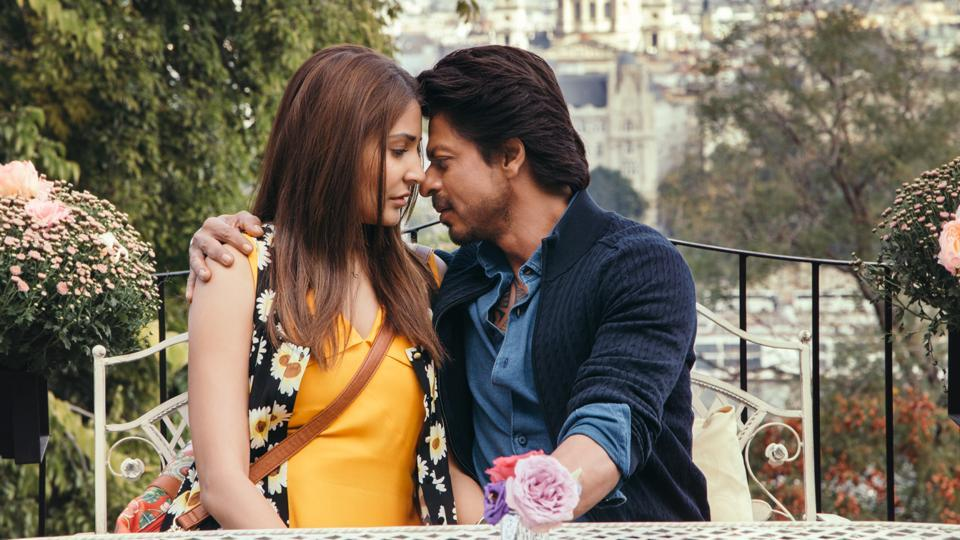 Shah Rukh Khan and Anushka Sharma in a still from the Hawayein, a song from Jab Harry met Sejal,