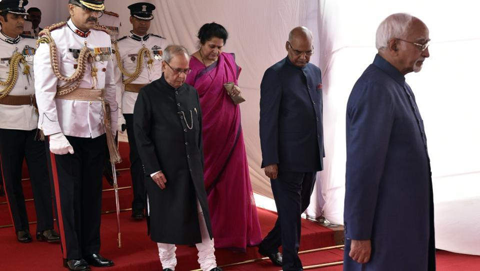 President Pranab Mukherjee, President-elect Ram Nath Kovind and Vice President Hamid Ansari in a ceremonial procession at Parliament House for the swearing-in ceremony of the 14th President of India, in New Delhi on Tuesday, July 25.  (Mohd Zakir/HT PHOTO)