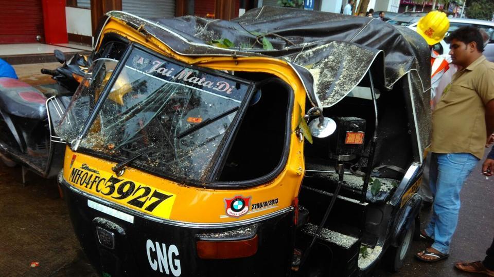 Mumbai news,tree collapse,tree fall