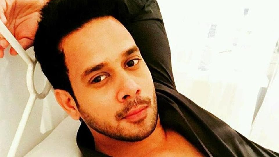 Bharath will play one of the villains in Spyder.