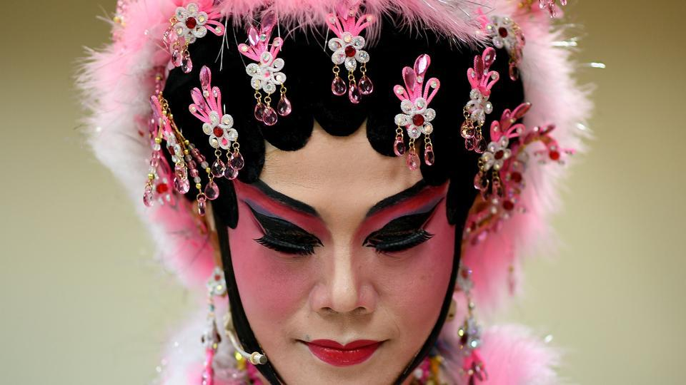 Today,Cantonese opera faces great challenges despite its 1,000 years of history and elevated status, not least because of its elderly audience base and a shrinking pool of future performers. (MANAN VATSYAYANA / AFP)