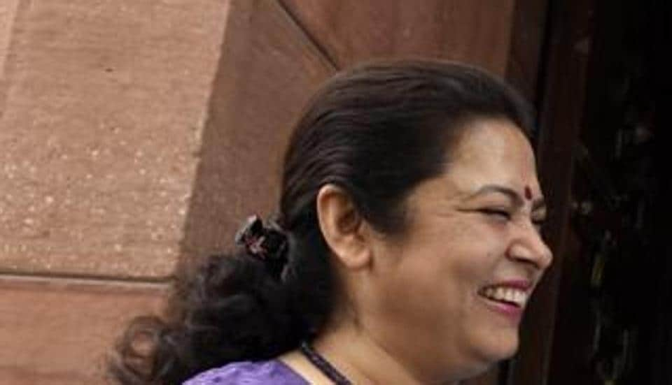 Meenakish Lekhi's supplementary questions on cow urine and cow dung caught Agriculture Minister Radha Mohan Singh on the wrong foot during Question Hour in the Lok Sabha on Tuesday.
