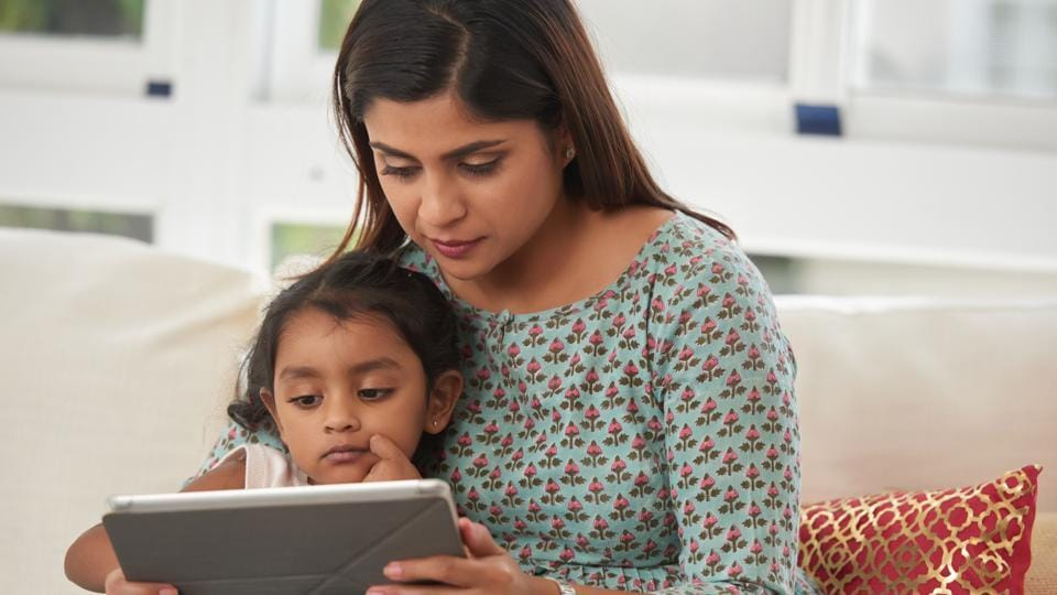 According to a recent study, researchers found significant improvement in the quality of parenting among mothers who participated in a trauma-informed, mindfulness-based parenting intervention.