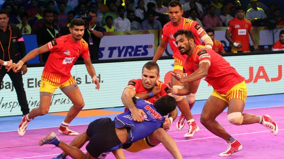 Haryana Steelers and Gujarat Fortunegiants played out a tie in Pro Kabaddi League.