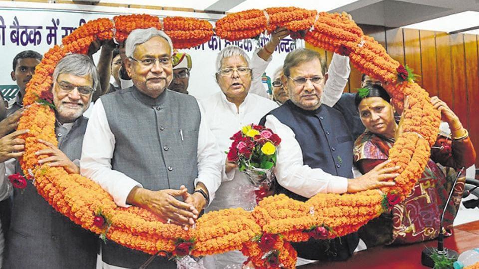 Sushil Modi fires fresh salvo at Lalu, family