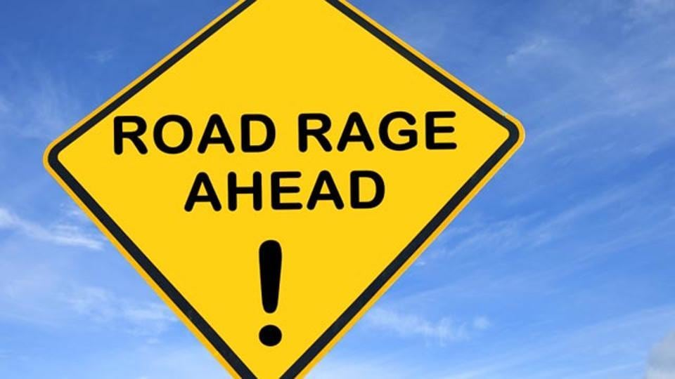 road rage,delhi road rage,income tax official attacked