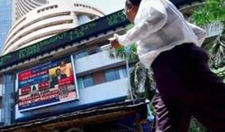 Sensex, Nifty Edge Lower On Weak Asian Cues
