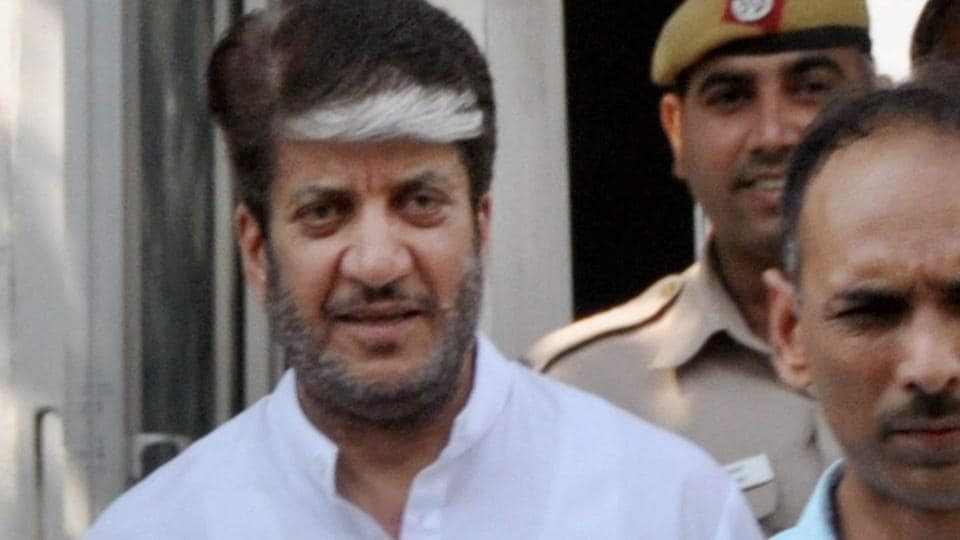 Kashmiri separatist leader Shabir Shah after being produced in a Patiala House court in New Delhi. Shah was arrested in connection with the alleged terror financing case on the instruction of the Enforcement Directorate.