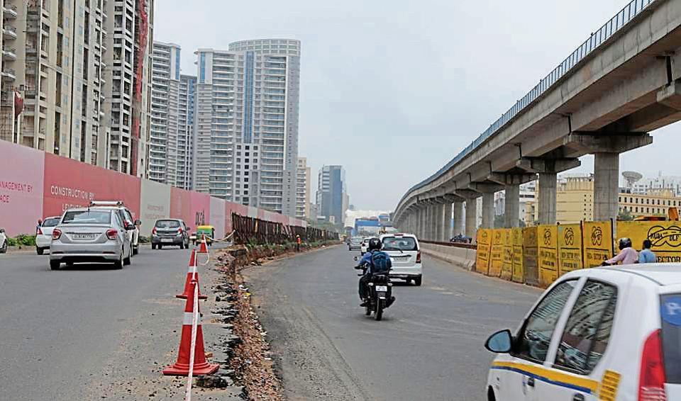 Gurgaon's Genpact chowk has been the bane on Golf Course Road since the last six months owing to a construction of an underpass.