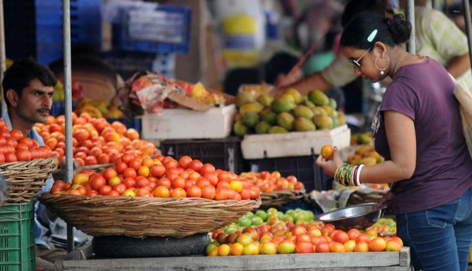 Retail prices of tomatoes have cross Rs 100 kilogram in several regions across India.