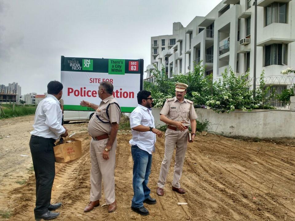 Gurgaon,gurgaon police,sector 83
