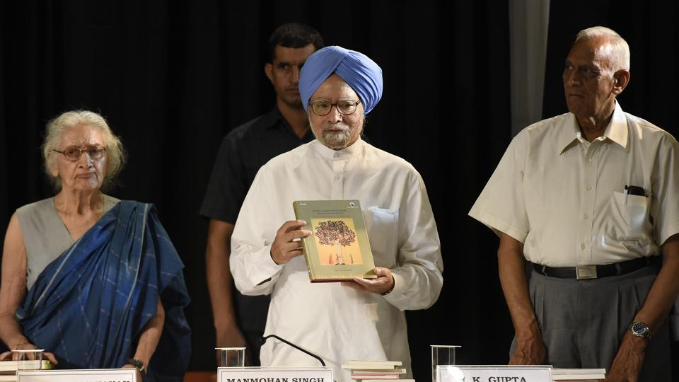 The People's Linguistic Survey of India (PSLI) raised the alarm during the launch of the latest 11 volumes in its planned 50 volume survey of the country's languages. India's people speak as many as 780 different languages, the PSLI said.
