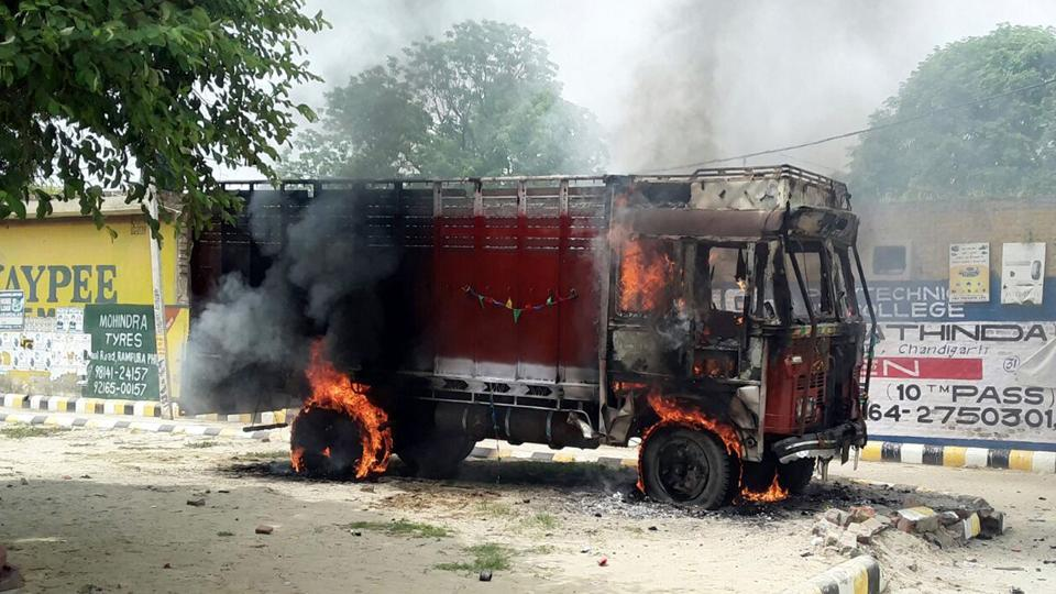 Truck set on fire in Rampura Phul in protest against Punjab government's decision to disband Truck Operators' Unions.